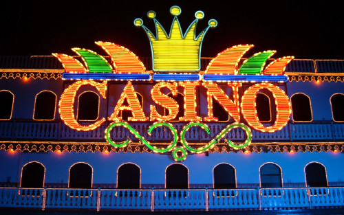 Why You Should Stay Away from Casinos Online?